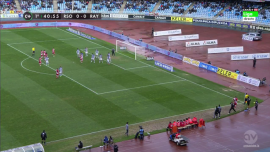 El Rayo atacó en carrera la defensa zonal de la Real